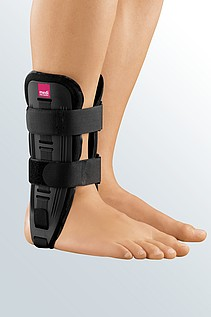 orthosis with cushion for ankle